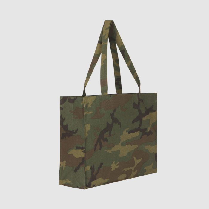 Custom recycled camouflage shopper made with cotton and polyester